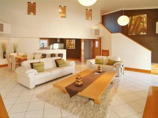 View profile: 2 Level 1 Bedroom Apartment - Furnished
