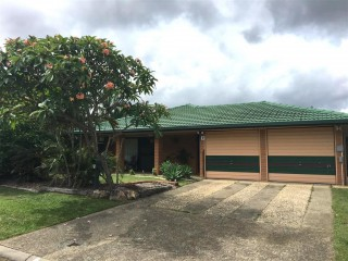 View profile: Pet Friendly 4 Bedroom Home With Air Con