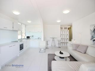 View profile: Fully Furnished, Refurbished & Spacious