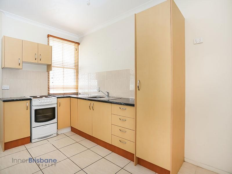 Great Two Bedroom Unit in Auchenflower