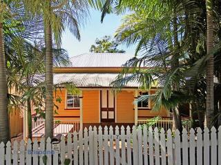 View profile: Chic Inner City Workers Cottage - PET FRIENDLY