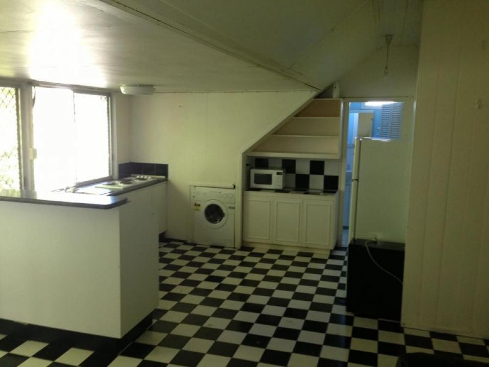 Fully Furnished 2 Bedroom Apartment Brisbane City ID 1074